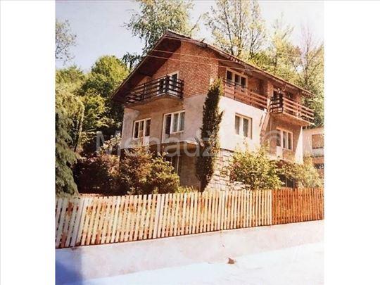 BANJA KOVILJAČA, blizu Drine, kuća 180m2, 5.2ara,