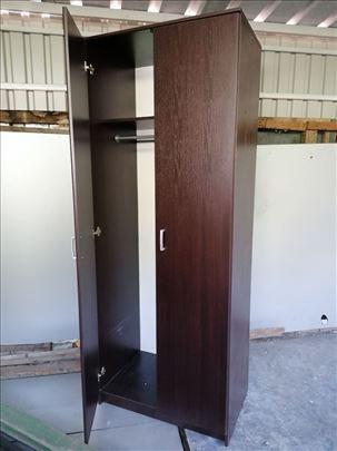 Ormar garderober dim205x80x50cm