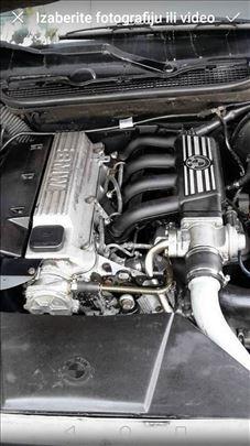 BMW 318 Tds e36 Delovi