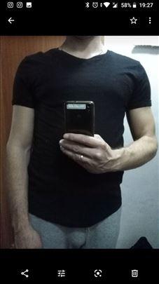 Majica H&M broj M nova