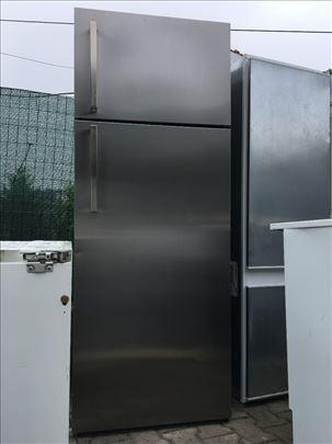 Inox kombinovani frižider 12 meseci garancija