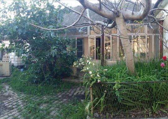 Novi Slankamen- kuća 148 kv na 30 ari – 40 000 eur