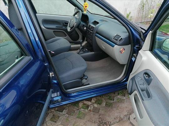 Renault Clio But