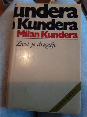 Milan Kundera zivot je negde drugde