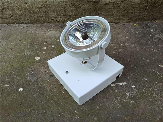 lampa sa sijalicom secena