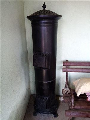 Stara stilska peć Medinger