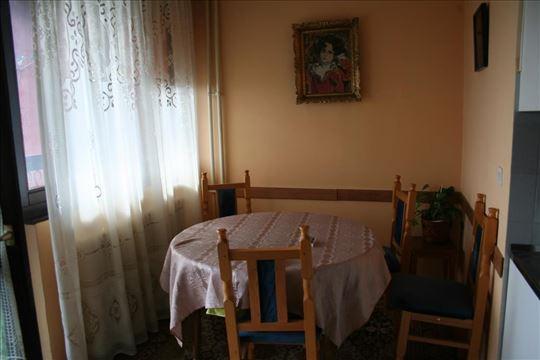 Struktura stana: dnevna soba, kuhinja, s...