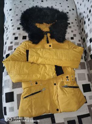 Zimska jakna i kapa