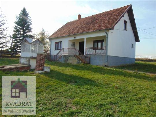 Kuća 99 m² + Pk, 28 ari, Suvo Selo – 40 000 €