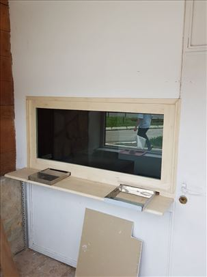Pult za menjačnicu sa pancir vratima