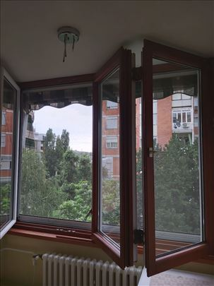 Prozor kombinacija drvo/pvc