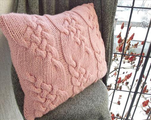 Ukrasni, pleteni jastuci