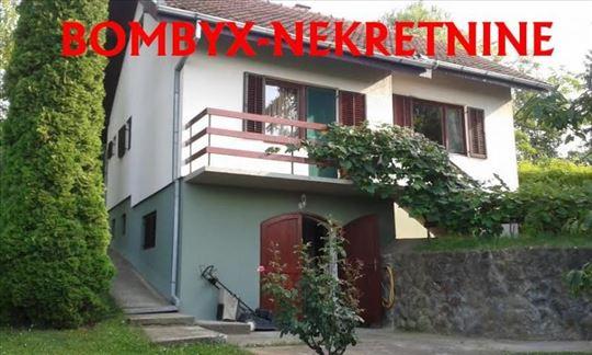 Porodična kuća na Popovici 110m pogled na Novi Sad