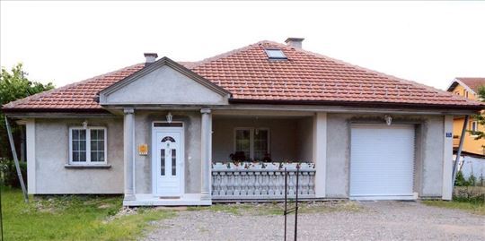 Nova kuća na atraktivnoj lokaciji