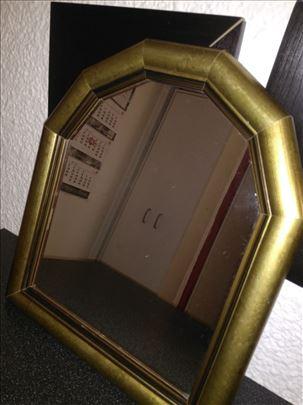 Ogledalo retro, gratis case kristal