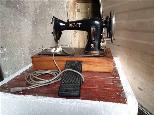 Hitno prodajem Pfaff šivaću mašinu