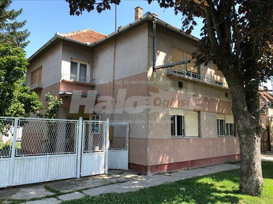 Prodajem kuću u Žablju, 25 km od Novog Sada