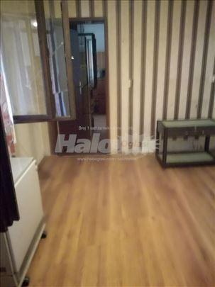 Prodajem kuću u Ribnici, blizu Hale sportova