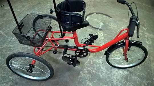 Tricikl za decu sa posebnim potrebama