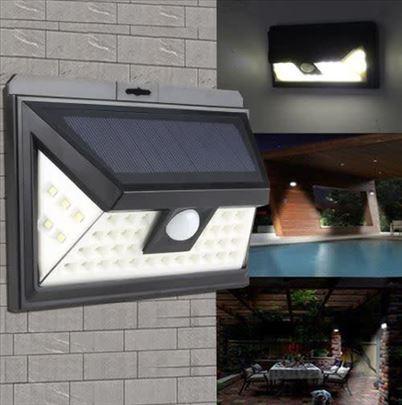 Solarna lampa sa senzorom pokreta 1828A