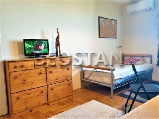 Novi Beograd - Arena Blok 28 ID#36996