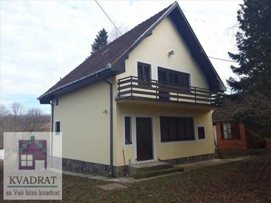 Kuća 174 m², 18,46 ari, Ub, Dokmir - 30 000 € (POL