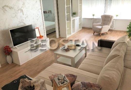 Novi Beograd - Blok 30 ID#37063