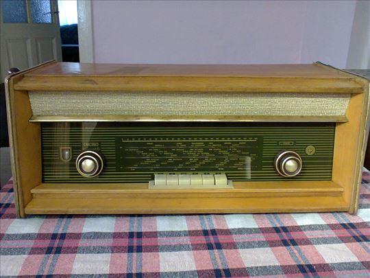 Radio ei nikola tesla model T 311