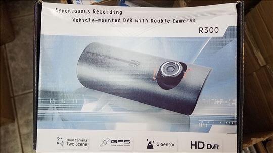 Auto Kamera R300 Snima i napred i nazad