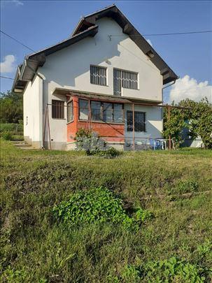 Kuća na prodaju! HITNO!!!