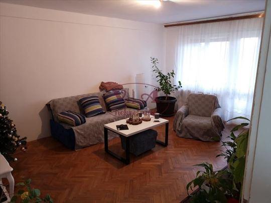 Novi Sad, Centar, odličan trosoban stan! Idealan z