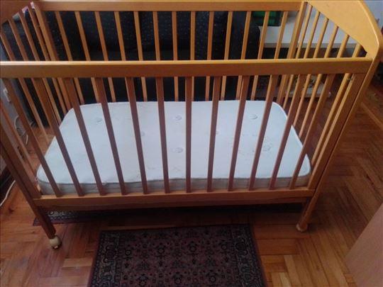 Polovan očuvan krevetac za bebe
