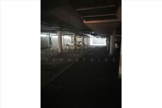 Beograd, Tošin bunar, Garaža, 13m2
