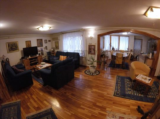 Niš, Pantelej(Niš), Kuća, 3.0, 340m2