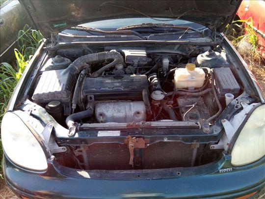 Prodajem delove za Daewoo Leganzu 2.0 benzin 16v