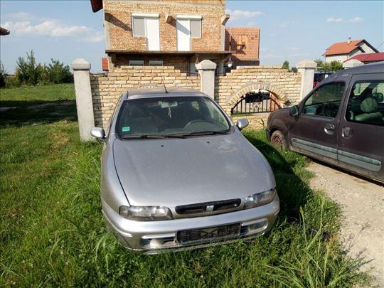 Prodajem delove za Fiat bravo 1,9 jtd 2001 godište