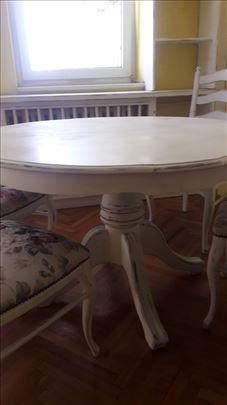 Trpezarijski sto i 4 stolice