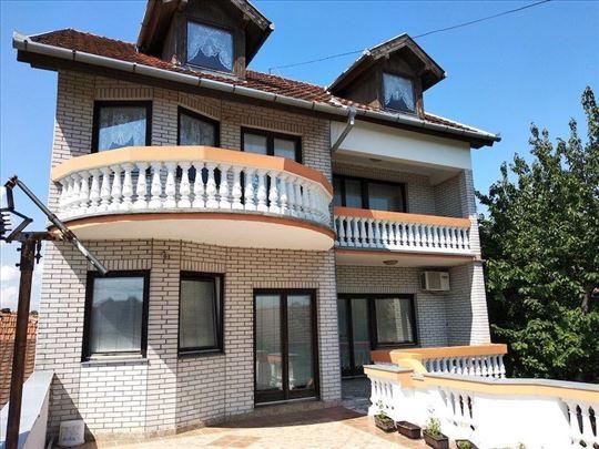 Kuća samostalna kuća Mali Bajmok