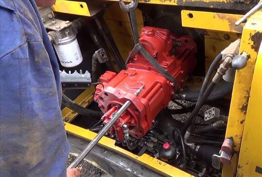 Hidraulične, vodene i pumpe za gorivo za bagere