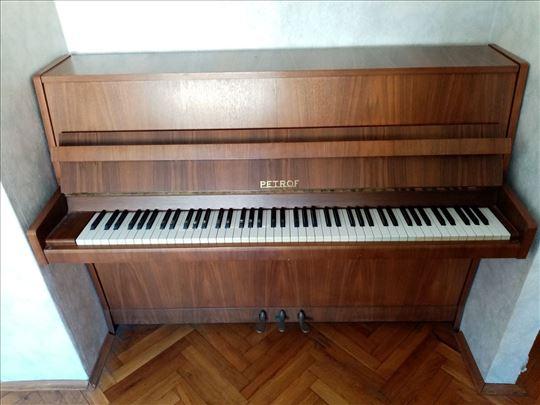 Pianino Petrof u Šapcu