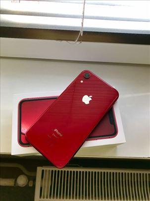Iphone XR crveni 64GB