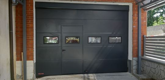 Helas sprint, segmentna garažna vrata