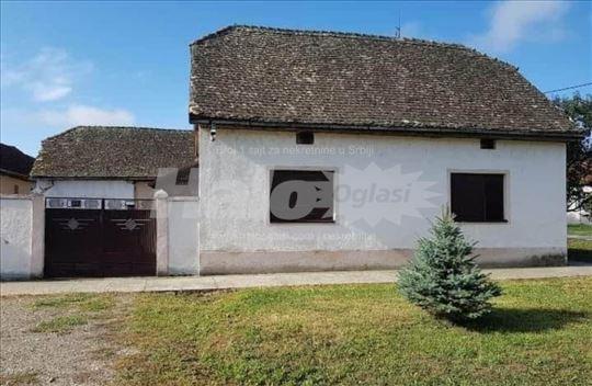 Kuća u Tovariševu