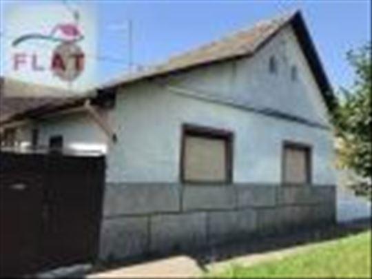 Prodaje se kuća ukupne površine 209 m2 - APATIN