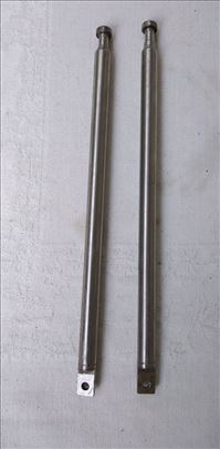 Antene metalne  84 cm.sirina 1 cm.,cena za kom.