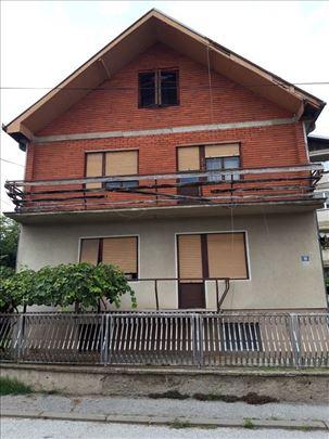 Kuća u Lapovu