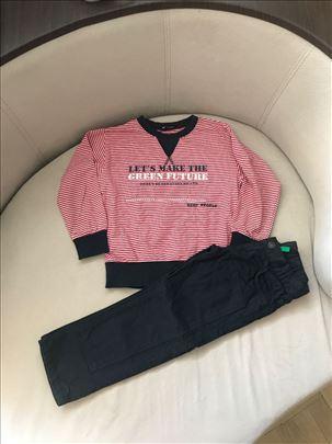 Benetton pantalone i tanji pamucni duks