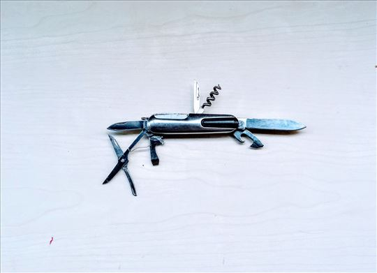 Nož preklopni