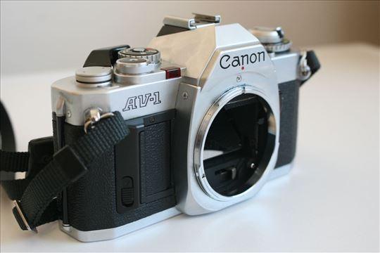 Canon AV-1 (telo)