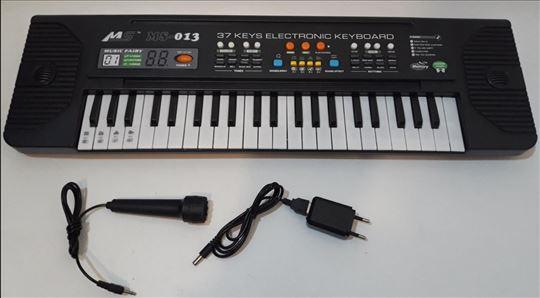 Sintisajzer sa mikrofonom ms 013 akcija sintisajze